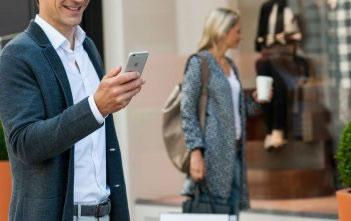 Der vernetzte Käufer shoppt online 12