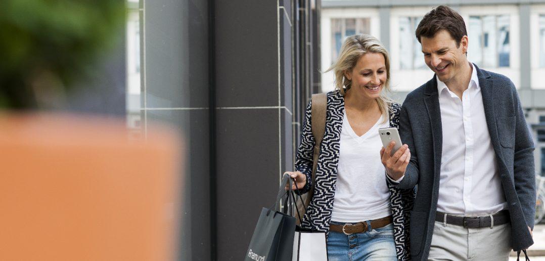 Einkaufen mit dem Smartphone: Deutsche fassen langsam Vertrauen 3
