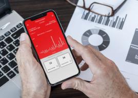 Finanzcockpit besetzt Mobile-Schnittstelle zu Firmenkunden