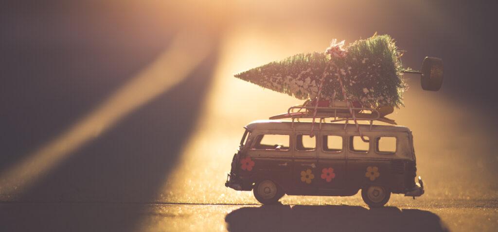 Frohe Weihnachten und einen guten Rutsch. Wir machen ein wenig Pause und melden uns bald wieder zurück! 6