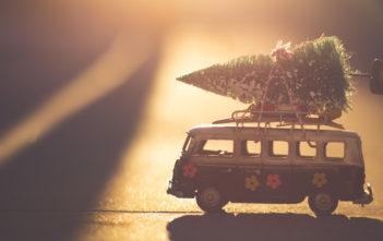 Frohe Weihnachten. Wir machen ein wenig Pause und melden uns bald wieder zurück! 8