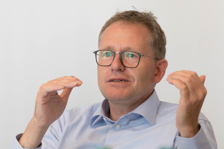 Experten-Roundtable Kundenbindung: Banken und Sparkassen als digitale Lebensbegleiter 10