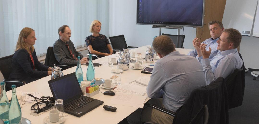 Experten-Roundtable Kundenbindung: Banken und Sparkassen als digitale Lebensbegleiter 5