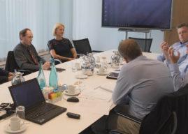 Experten-Roundtable Kundenbindung: Banken und Sparkassen als digitaler Lebensbegleiter