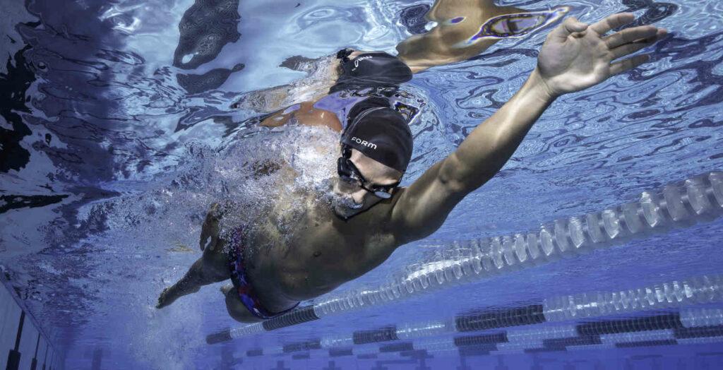 Smarte Schwimmbrille: Jederzeit alle Daten im Blick