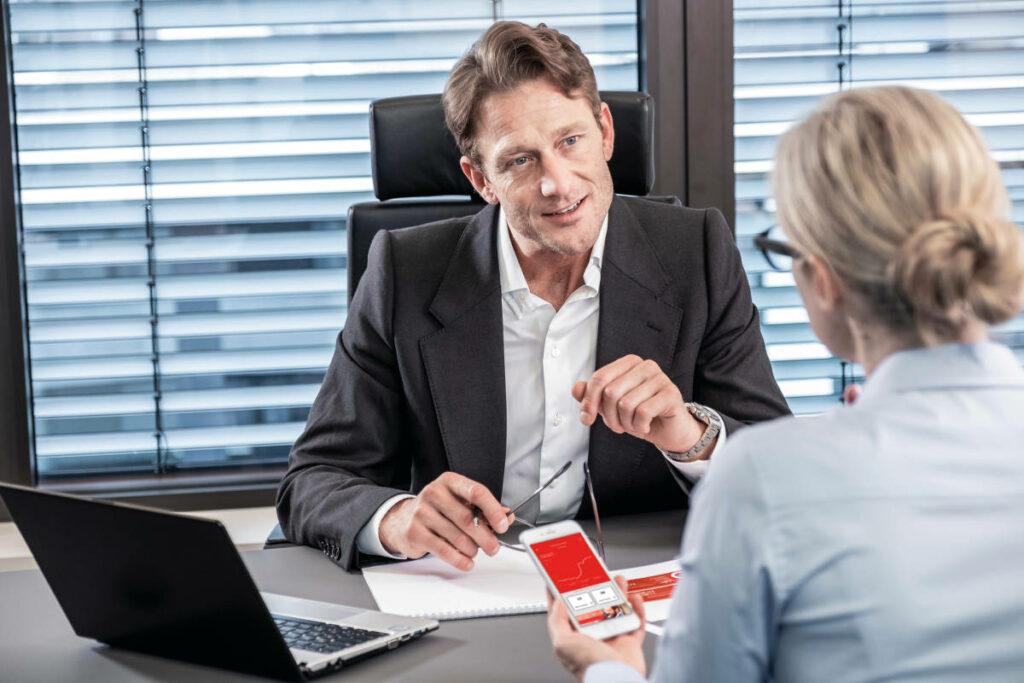 Banken und Sparkassen müssen deutschen Mittelstand bei Digitalisierungsfragen stärker begleiten 8