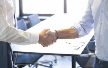 Konkurrenz oder Kooperation? Wie Banken und FinTechs zusammenarbeiten 1